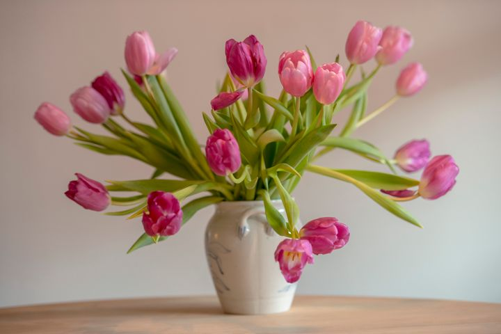 How To Keep Mom\'s Flowers As Fresh As She Is On Mother\'s Day | HuffPost