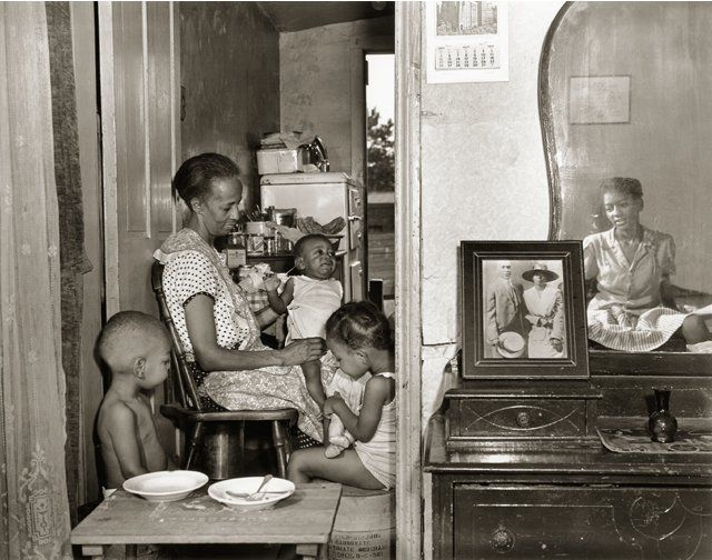Gordon Parks, photograph ofElla Watson and family, 1942