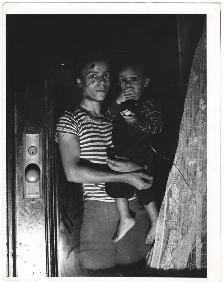 """Weegee, """"Mother and child in Harlem,"""" 1943"""