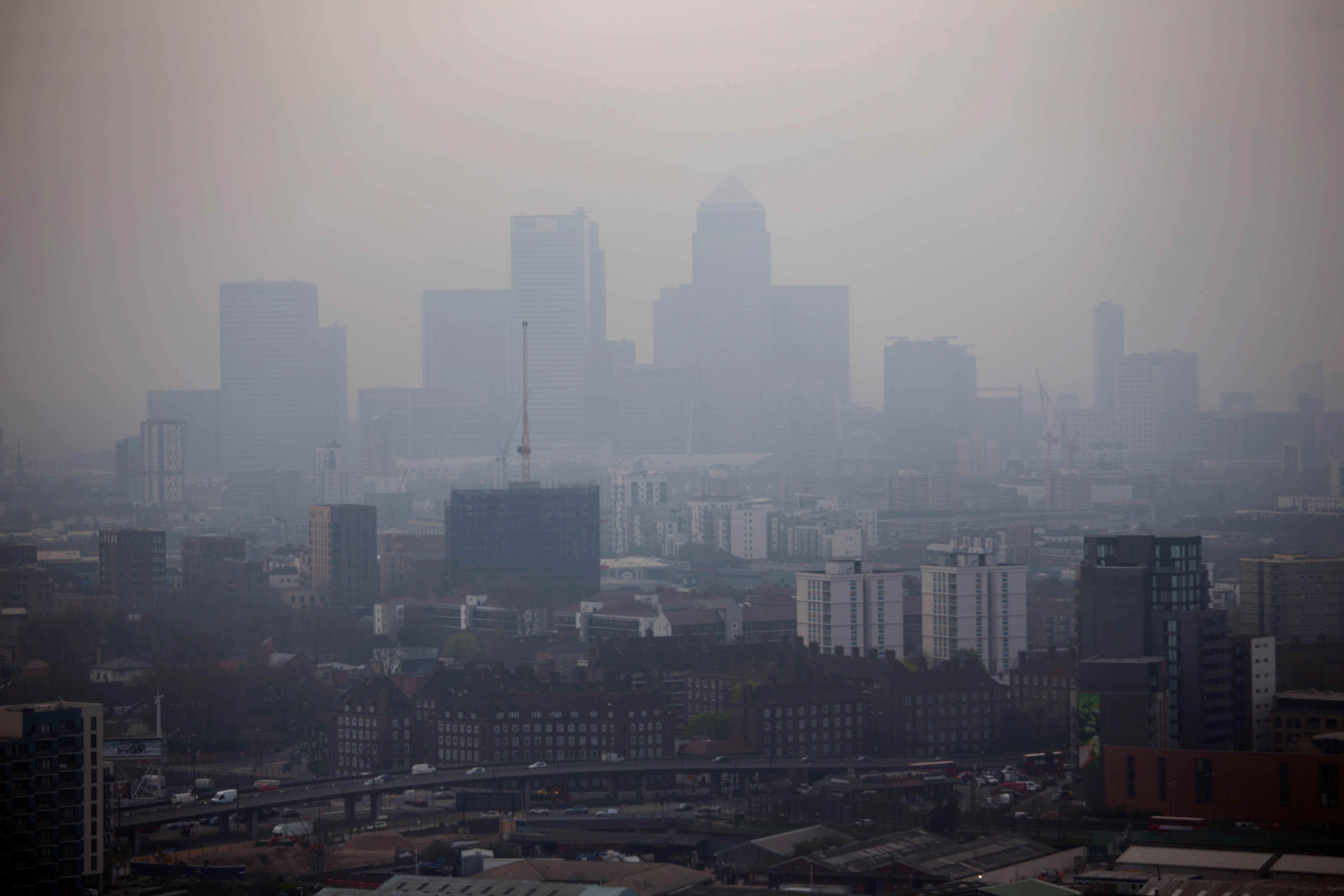 UK Weather Forecast Could See Toxic Smog Blight UK With Saharan Dust As Weather Warms