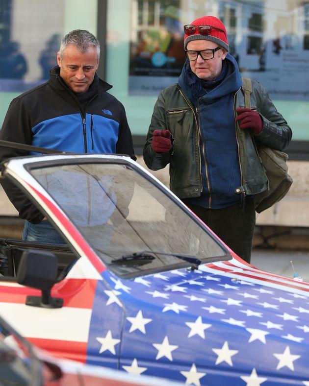 Chris Evans and Matt LeBlanc on the set of 'Top