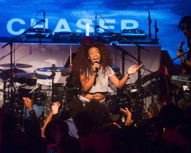 R&B singer SZA took the stage at Brooklyn's The Villain and belted out some of her well-known tunes...