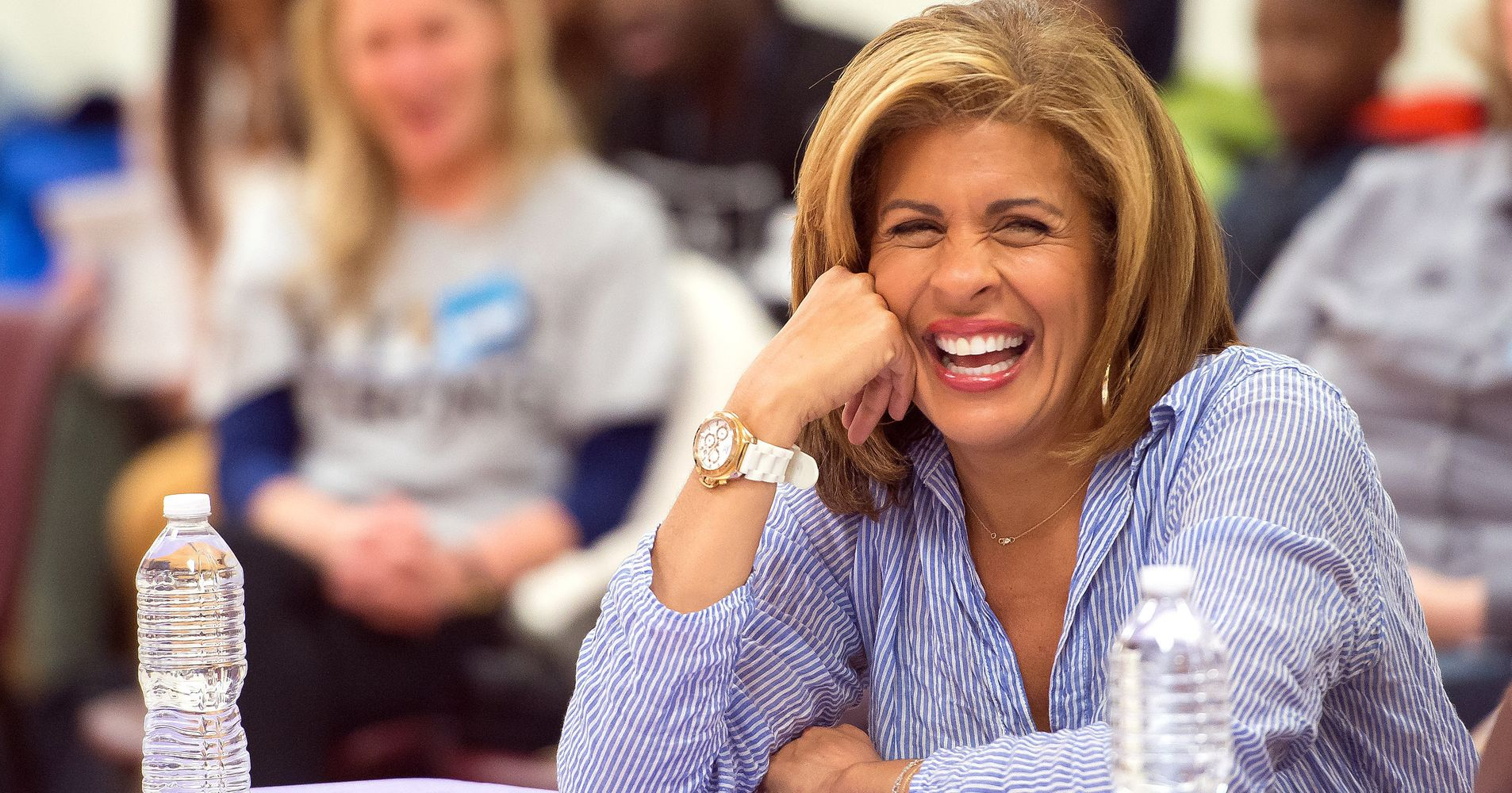 Every New Yorker Is Hoda Kotb On Her First Nyc Apartment Search Huffpost Life