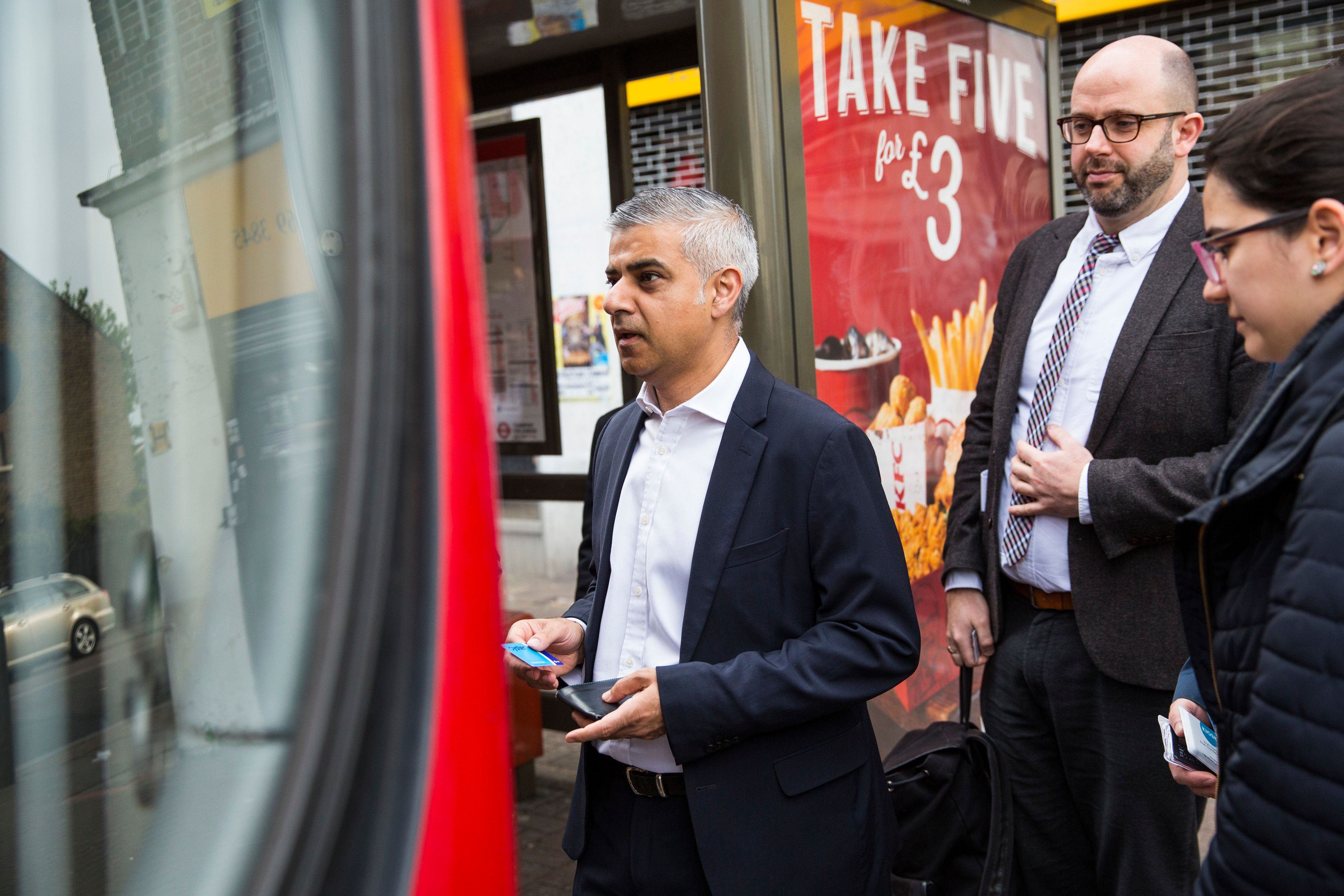 Sadiq Khan Reveals New London '£1.50 Hopper' Bus Fare To Come Into Force In