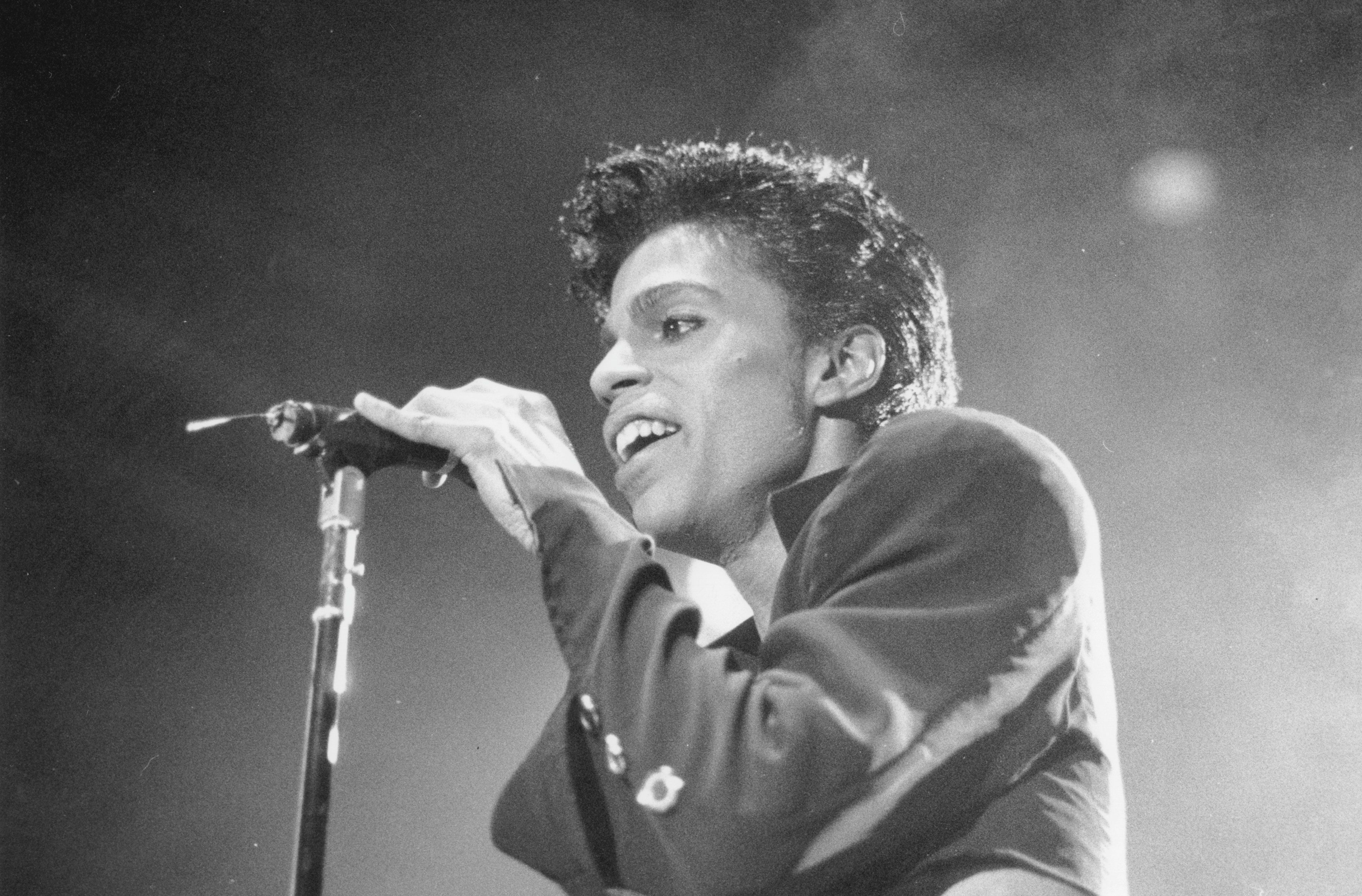 Prince performing in Germany in 1986.