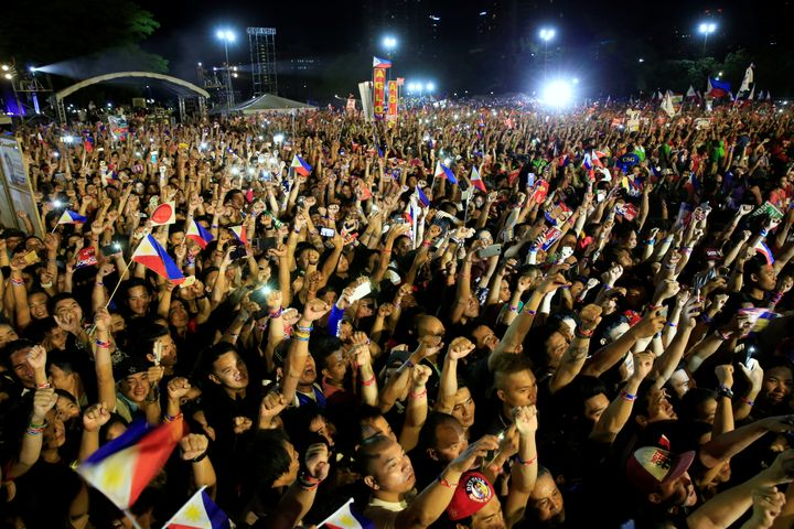 An unofficial vote count showed Duterte had a huge lead over his closest rivals.Duterte'sdefiance of political tr