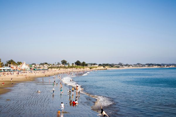 You thought thatwas a photo of Santa Monica, didn't you? Nope, it's Santa Cruz, the relatively small California city wi