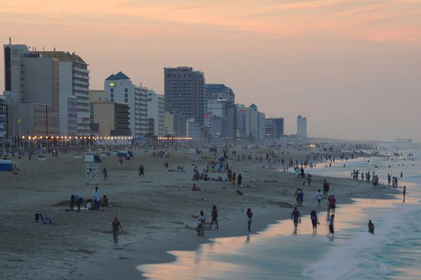 Who said you can'tmake a vacation spot your home? Virginia Beach ranked within AIER's top 20 midsize metros thanks to i