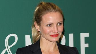 LOS ANGELES, CA - APRIL 13:  Actress Cameron Diaz signs copies of her new book 'The Longevity Book: The Science Of Aging, The Biology Of Strength And The Privilege Of Time' at Barnes & Noble at The Grove on April 13, 2016 in Los Angeles, California.  (Photo by Paul Archuleta/FilmMagic)