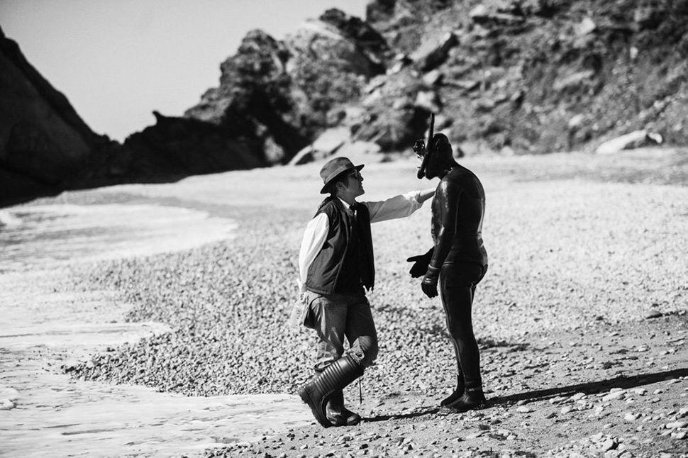 "Director Athina Rachel Tsangari with actor Vagelis Mourikis on the set of ""<strong>Chevalier</strong>"" on Saint George Island"