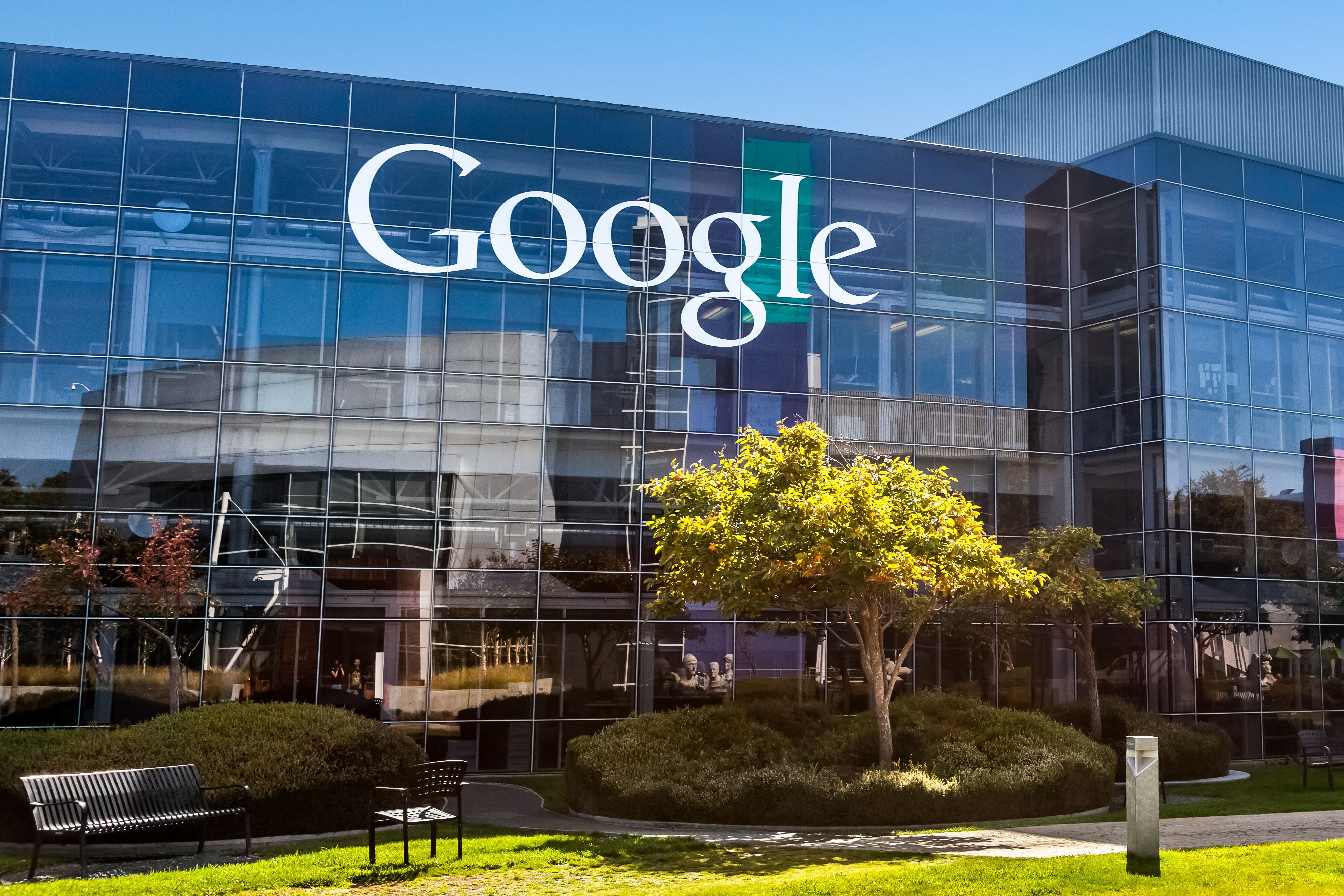 Google Is Officially Banning Payday Loan