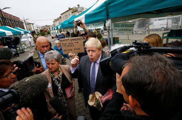 'Brexit' Campaigner Boris Johnson Waves EU-Protected Cornish Pasty Around At Battlebus