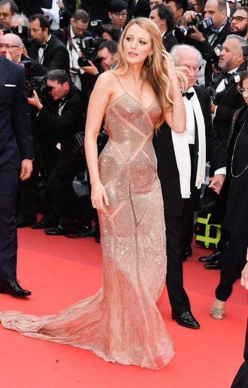 Cannes nude Nude Photos 19