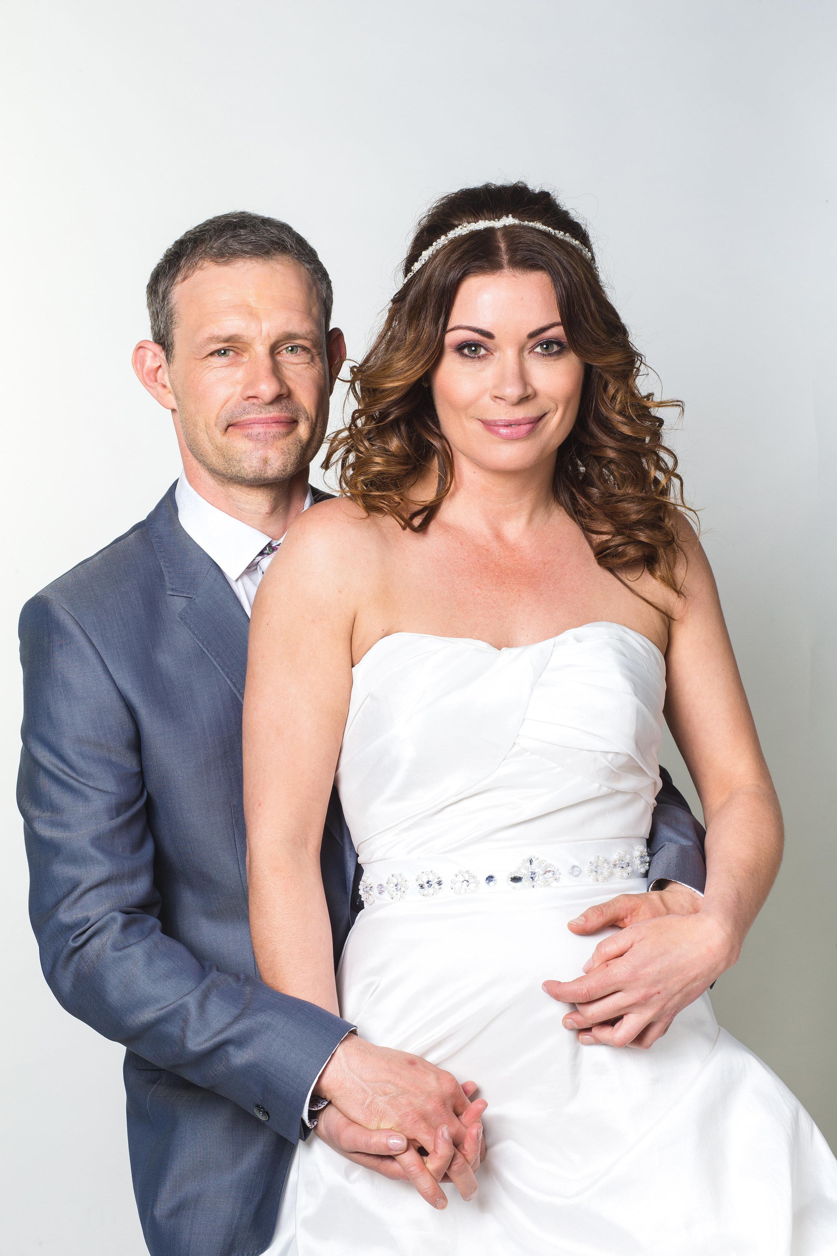 'Coronation Street' Spoilers: Carla Connor And Nick Tilsley's Wedding Photo