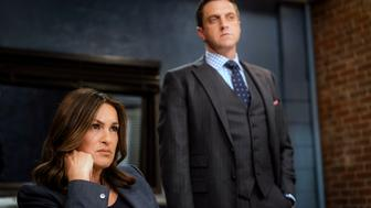 LAW & ORDER: SPECIAL VICTIMS UNIT -- 'Assaulting Reality' Episode 1721 -- Pictured: Mariska Hargitay as Lieutenant Olivia Benson, Raul Esparza as A.D.A. Rafael Barba -- (Photo by: Michael Parmelee/NBC/NBCU Photo Bank via Getty Images)