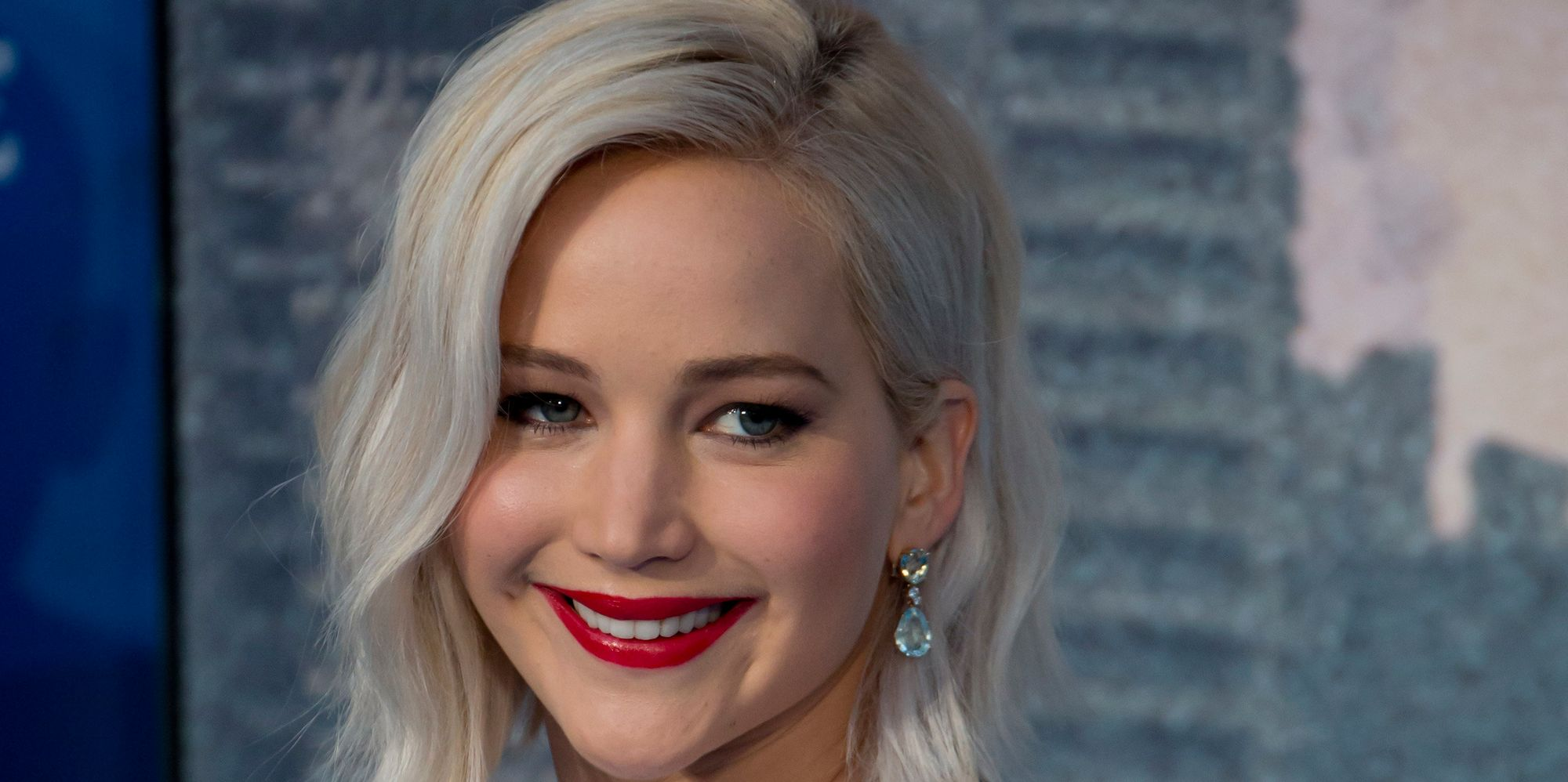 Jennifer Lawrence Had A Mortifying Encounter With Harrison Ford And J.J. Abrams