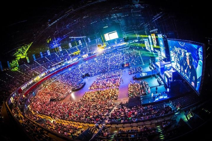 Thousands of fans watch an e-sports competition in Cologne, Germany, in 2015.