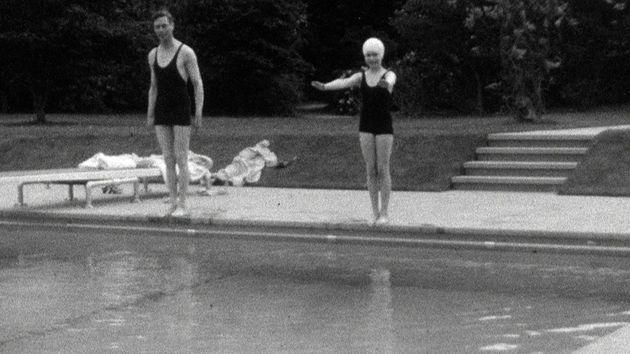 Young Princess Elizabeth prepares to go for a swim with her