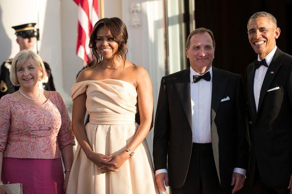 L to R: Ulla Lofven, Michelle Obama, Prime Minister of Sweden Stefan Lofven and President Barack Obama pose for a photo durin
