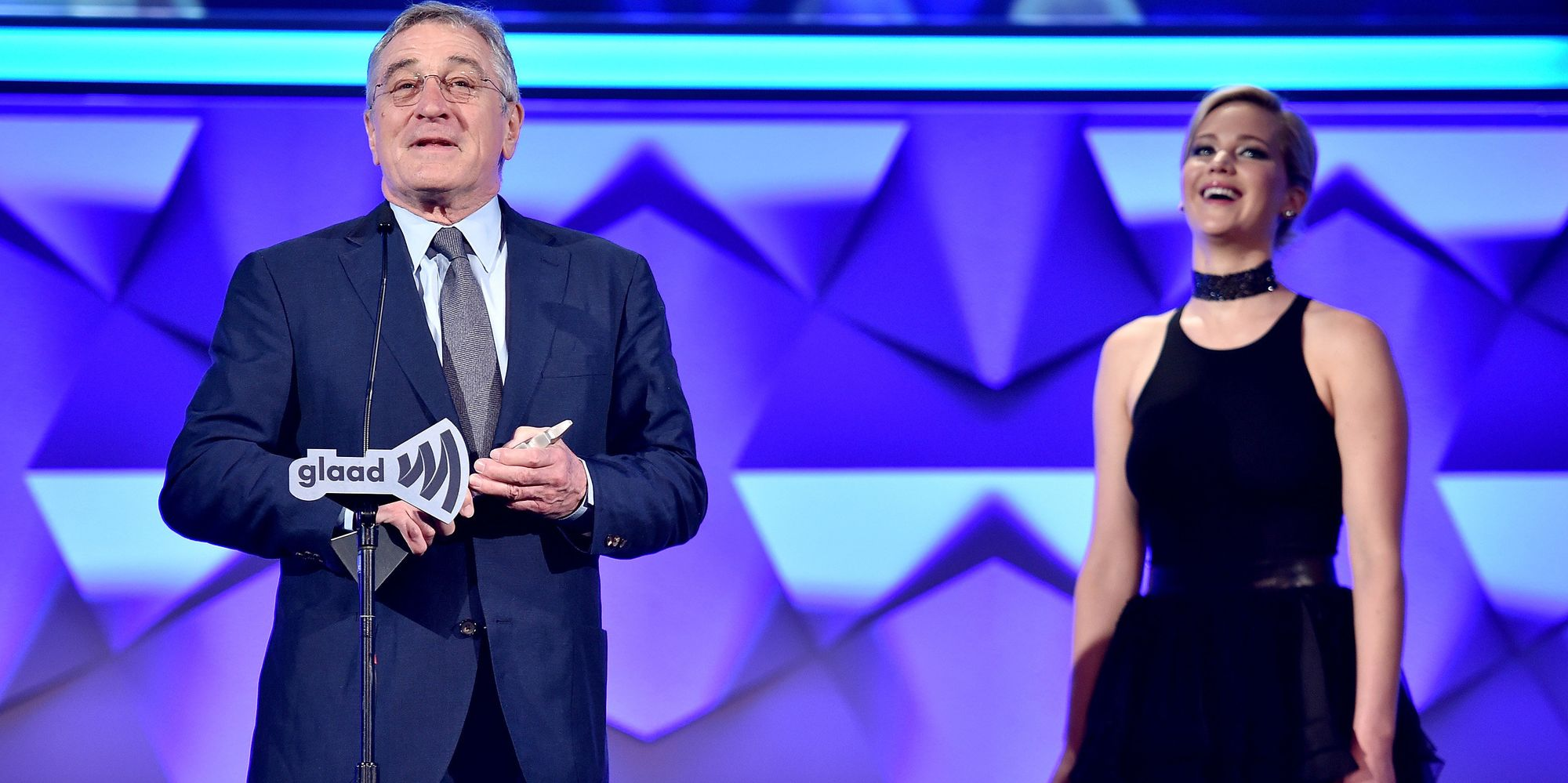 Jennifer Lawrence Honored Robert De Niro At The GLAAD Media Awards The Only Way She Knows How