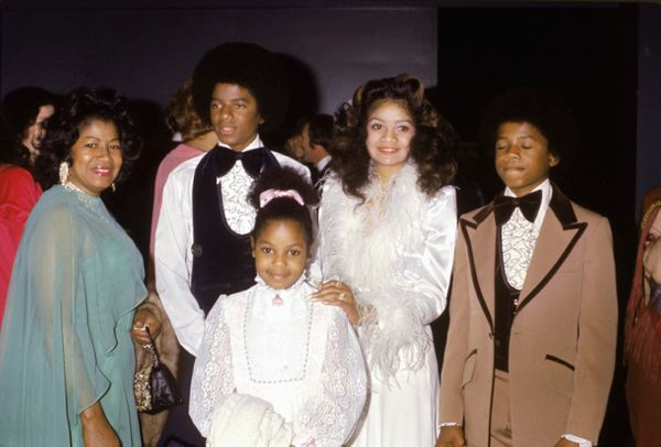 With hermother Katherine, sisters Janet and LaToya and brothers Michael and Randy at the wedding of older brother Jerma