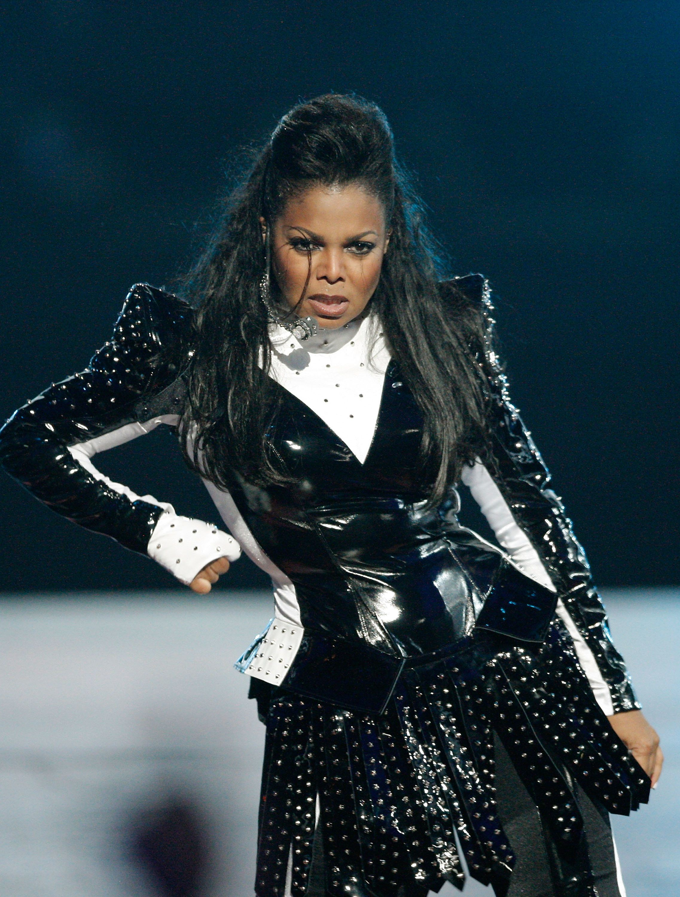 Performingduring the MTV Video Music Awards in New York City.