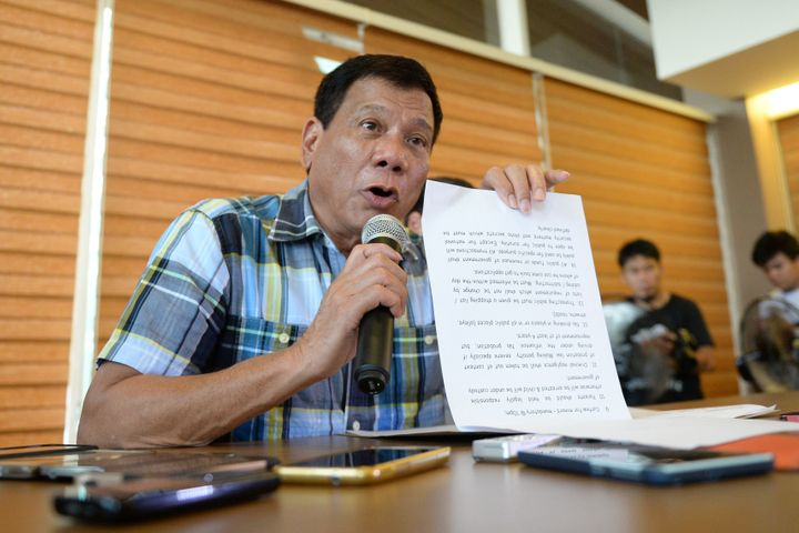 Philippines president-elect Rodrigo Duterte extended an olive branch to the Marxist guerrillas and the Communist Party of the
