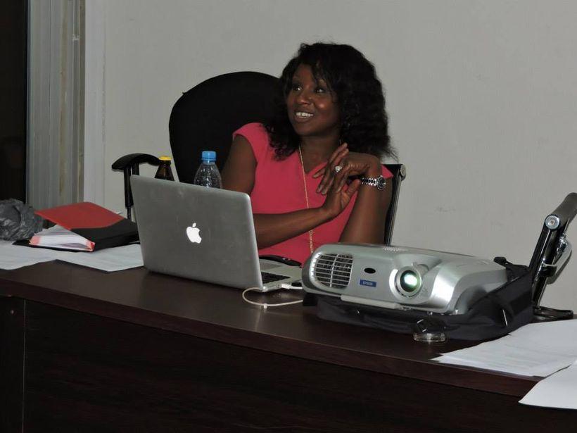 Ekene Onu, conducting a leadership training.