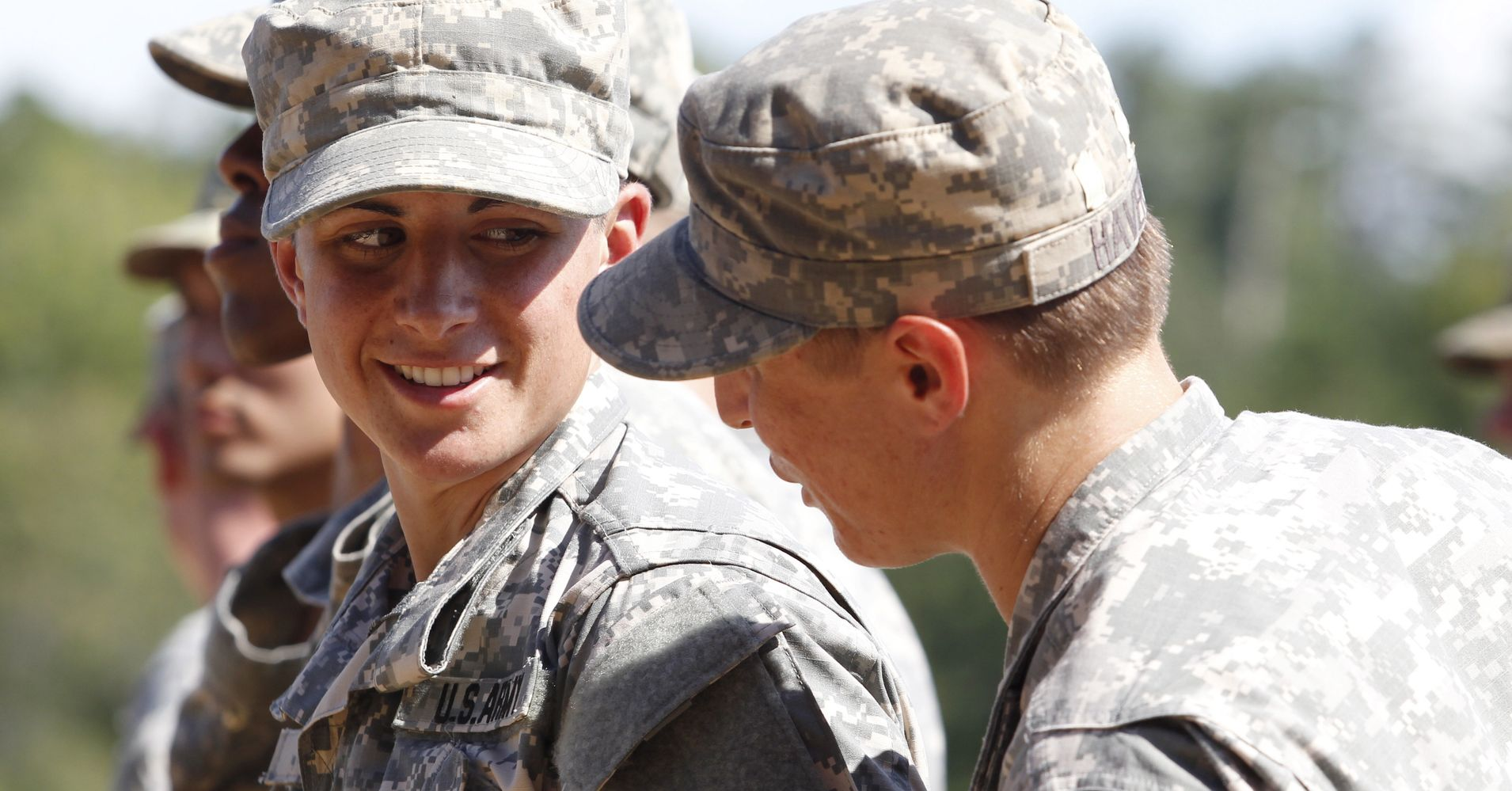 draft women into the military essay House measure would require women to register for the military draft measure would require women to does not support drafting women into combat.
