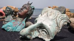 Amateur Divers Discover 1,600-Year-Old Relics In