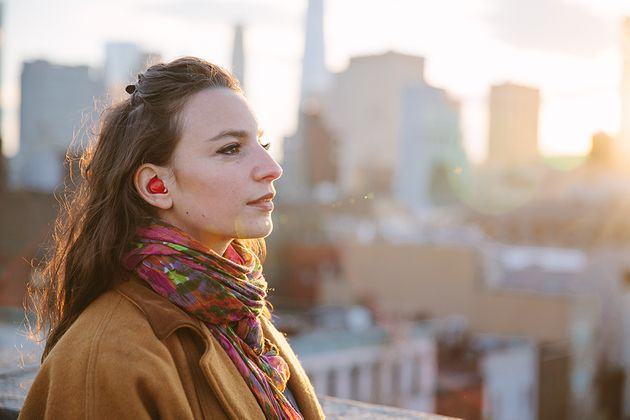 This Tiny Earpiece Can Let You Understand Another Language In