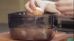 How To Peel 12 Hard-Boiled Eggs In Seconds. (Egg Sandwich =