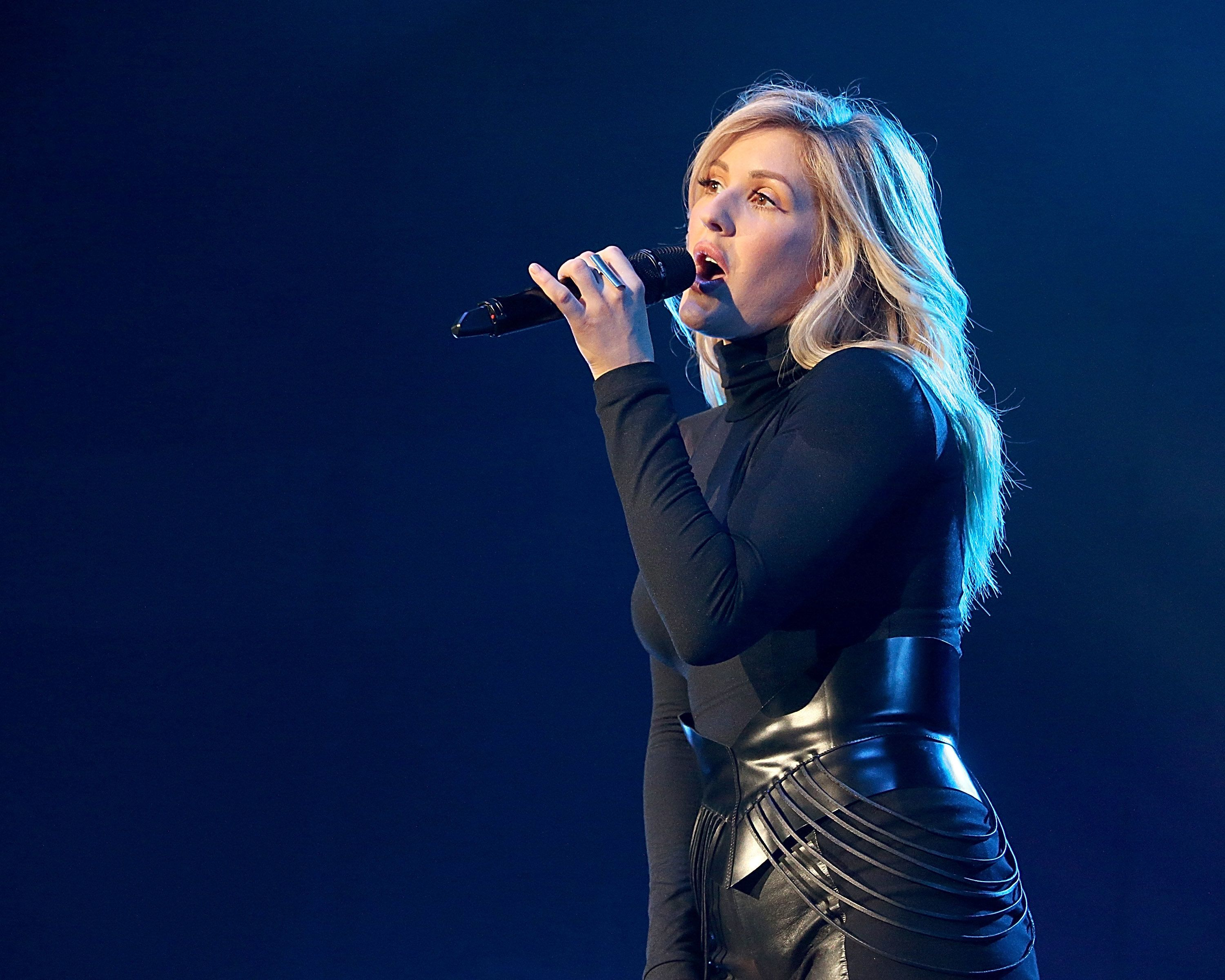 CEDAR PARK, TEXAS - APRIL 19:  Ellie Goulding performs in concert at the Cedar Park Center on April 19, 2016 in Cedar Park, Texas.  (Photo by Gary Miller/Getty Images)