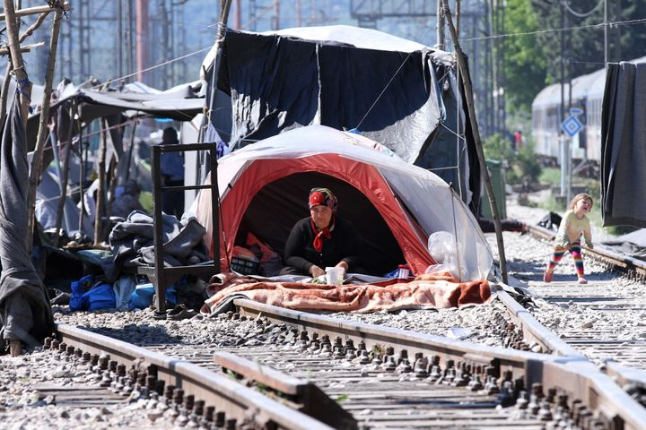 The number of forcibly displaced people worldwide was likely to have surpassed 60 million last year, according to UNHCR.