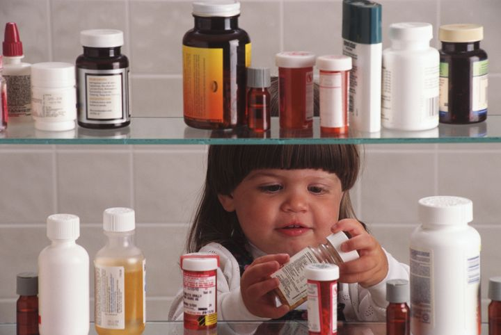 Pollsters found that parents whose health care providers had discussed how to dispose of leftover medication were more likely to dispose of the medications properly.