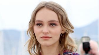 CANNES, FRANCE - MAY 13:  Actress Lily-Rose Depp attends the 'The Dancer' (La Danseuse) Photocall during the 69th annual Cannes Film Festival at the Palais des Festivals on May 13, 2016 in Cannes, France.  (Photo by Andreas Rentz/Getty Images)