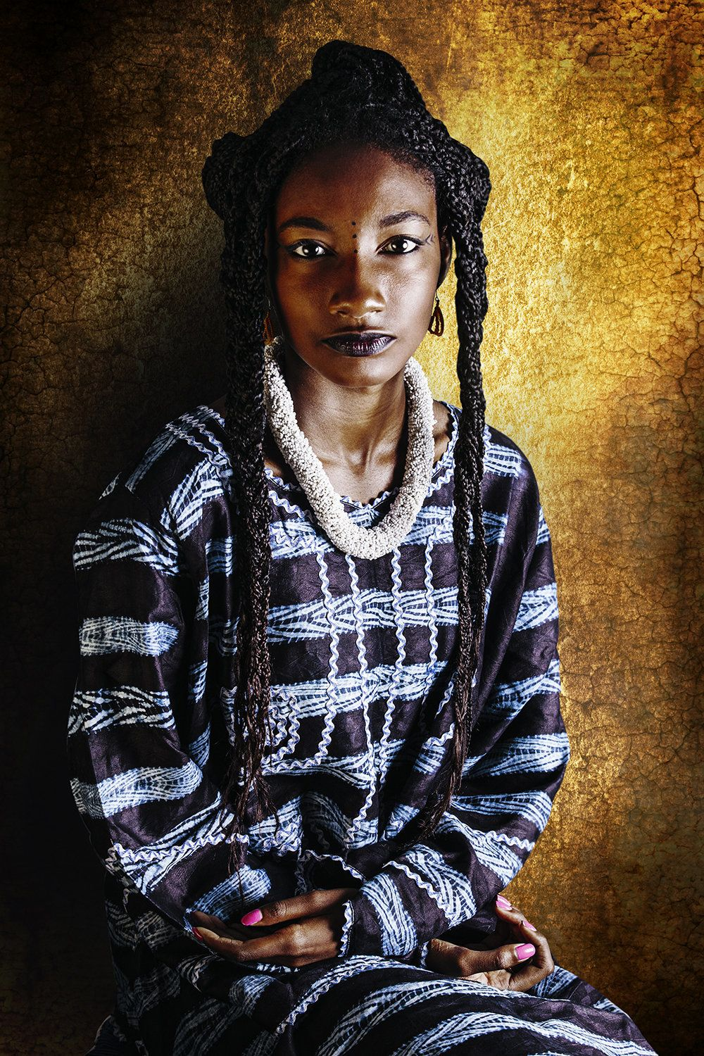 Selena Souadou, 21, is from Guinea. She essentially lives in Ivory Coast and Senegal. She studies international relations wit