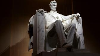 WASHINGTON, D.C. - APRIL 20:  Abraham Lincoln Memorial and Statue at night, in Washington, D.C. on APRIL 20.  (Photo By Raymond Boyd/Getty Images)