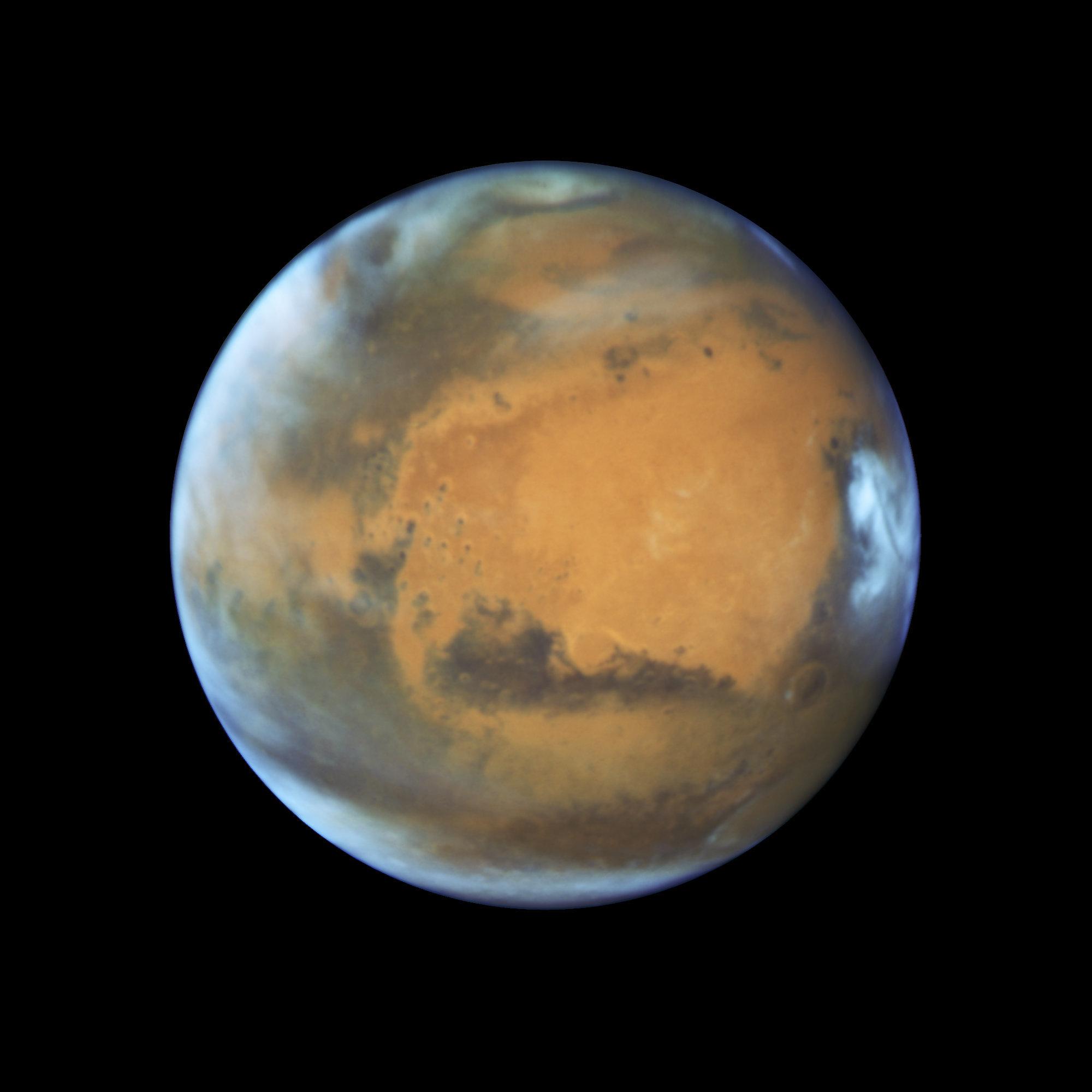 Hubble Has Captured Mars Like You've Never Seen It