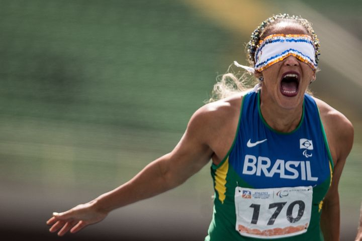 Guilhermina competes in the Women's 400-meter T11 series during day two of the Open Caixa Loterias 2014 Paralympics Athletics