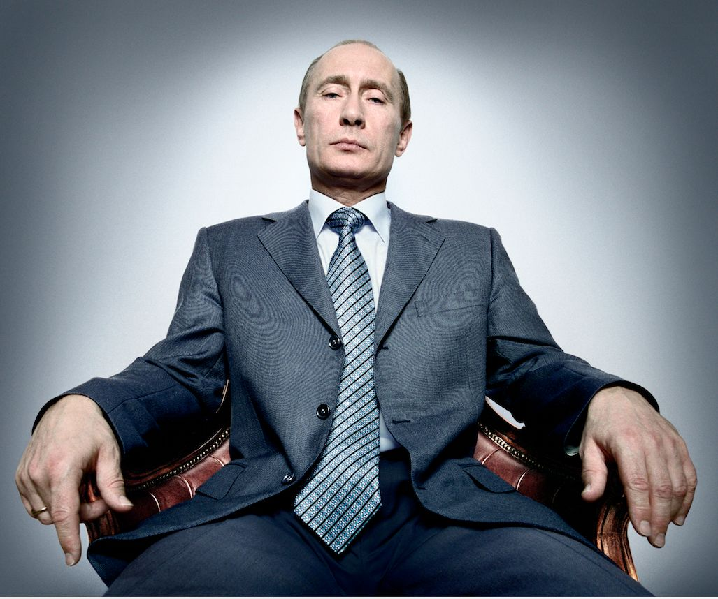 Platon discusses what it was like photographing Vladimir Putin.
