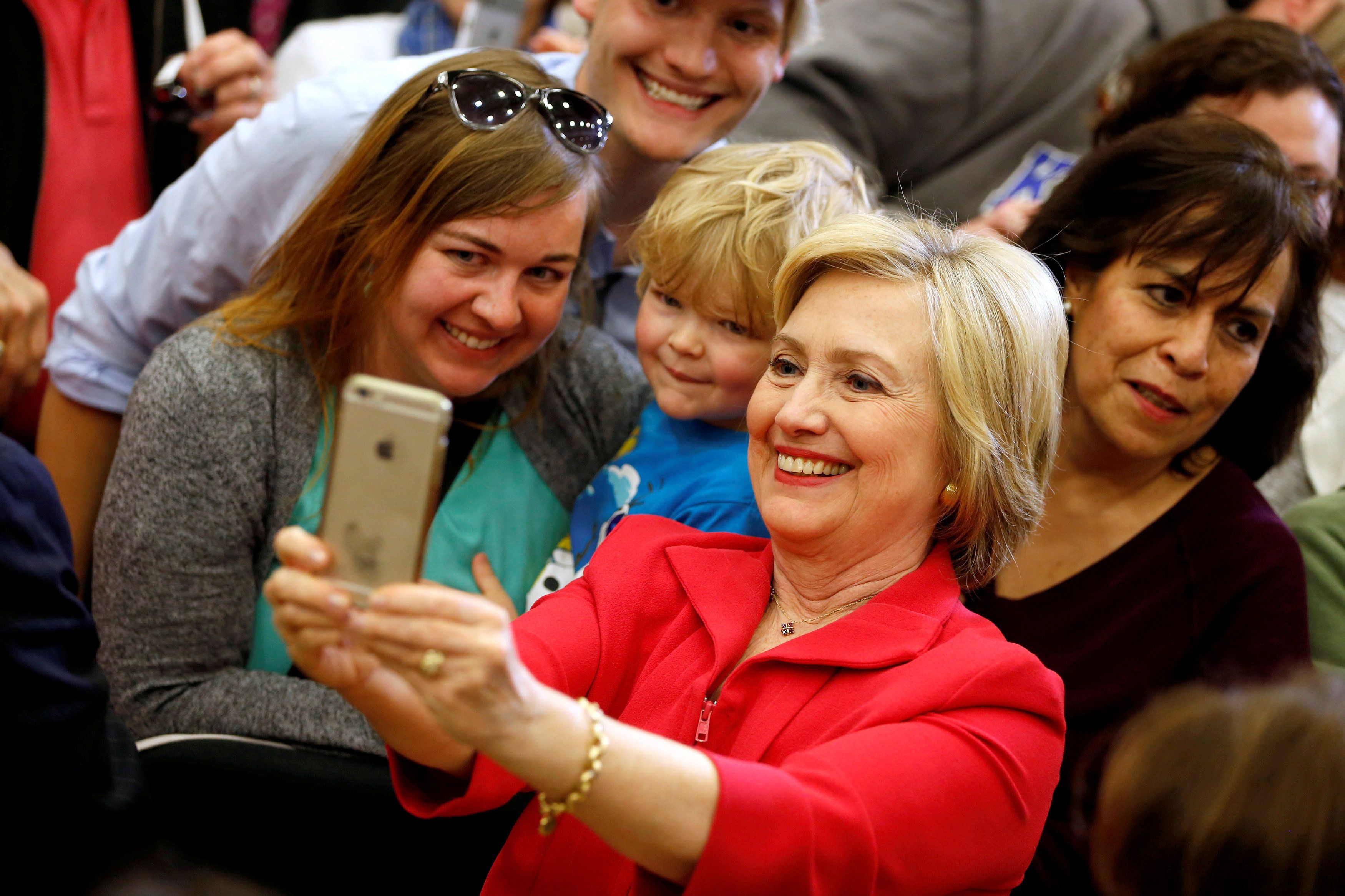 U.S. Democratic presidential candidate Hillary Clinton greets supporters at Transylvania University in Lexington, Kentucky, U.S., May 16, 2016.  REUTERS/Aaron P. Bernstein