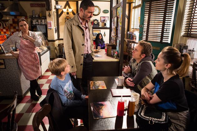 'Coronation Street' Spoilers: Callum Logan Body Discovery Leaves The Grimshaws And Platts At