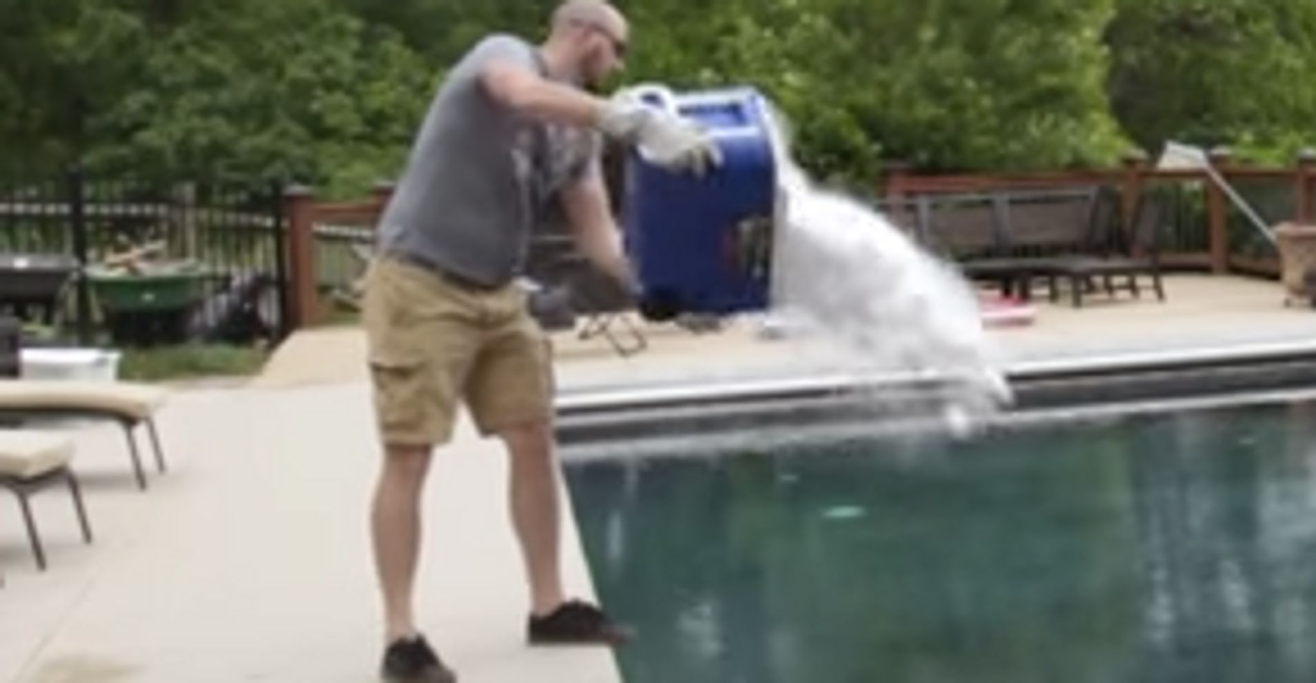 When You Throw Dry Ice Into A Pool Something Eerie Happens Huffpost