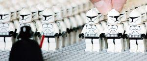 HLI PAPHOTOCALL SOCIAL LEGO GENERAL VIEW GV FIGURE
