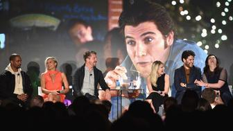 NEW YORK, NY - MAY 22:  The Happy Endings Reunion with actors (L-R)  Damon Wayans Jr., Eliza Coupe, Zachary Knighton, Elisha Cuthbert, Adam Pally and Casey Wilson on stage during the 2016 Vulture Festival at Milk Studios on May 22, 2016 in New York City.  (Photo by Bryan Bedder/Getty Images for Vulture Festival)