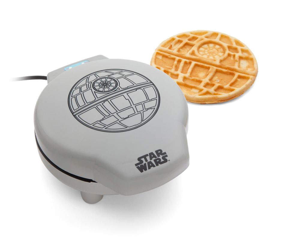 "Regardless of what your dad thinks about the Empire, he won't strike back when you serve him <a href=""http://www.thinkgeek.co"