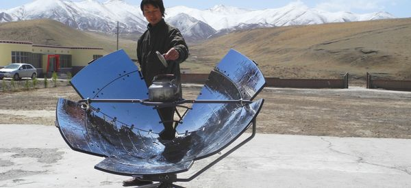 This Solar-Powered Cooker Is Actually Saving People's Lives