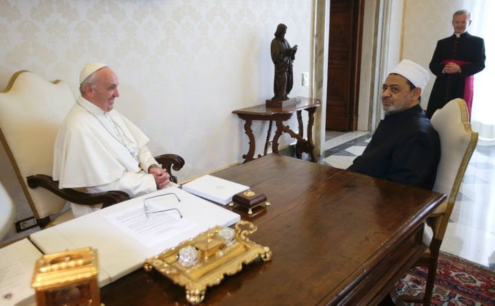 Pope Francis met the Grand Imam of Cairo's Al-Azhar Mosque at the Vatican on Monday in a historic encounter that was sealed w