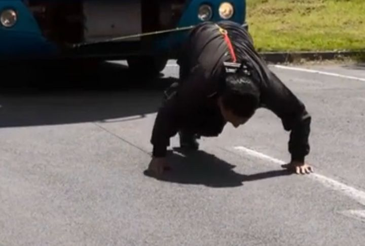 On Monday, 66-year-old strongman Manjit Singhdragged a 9.5-ton truck 50 feet by his hair.